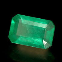 emerald-gem-241324b.jpg