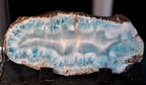 LOVE            Larimar-pectolite-dominican-polished