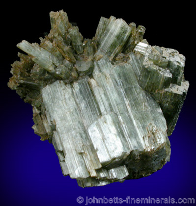 Parallel Actinolite Crystals - The Mineral and Gemstone ...