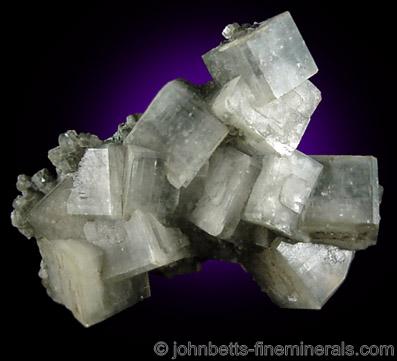 Gray Apophyllite-(KOH)