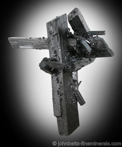 Sculptural Clusters Ferberite