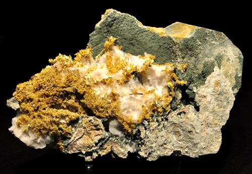 Gold Crystals In Matrix