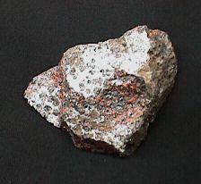 Hydrozincite Crust on Zincite