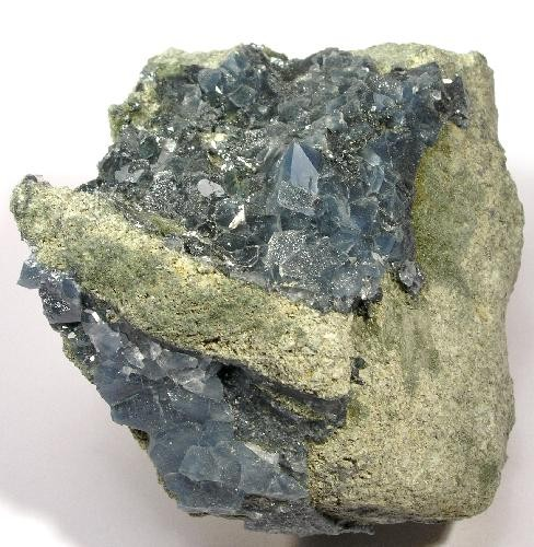 Magnesio-riebeckite in Quartz