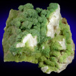 Pyromorphite crusts on Quartz