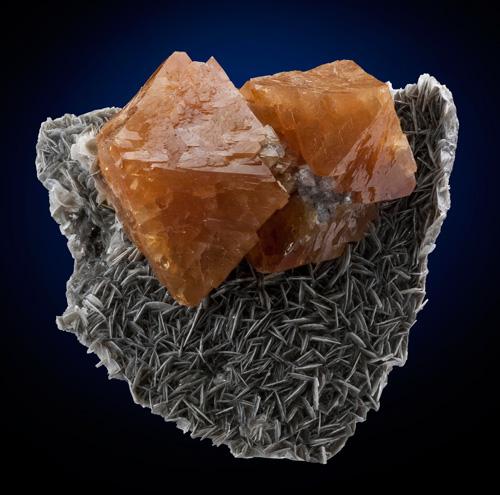 Perfect Scheelite Crystals