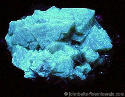 Typical Scheelite Fluorescence Color