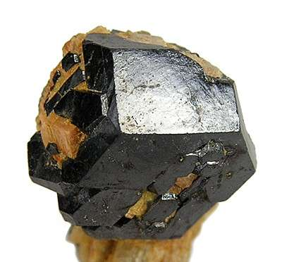 Lustrous Dodecahedral Uraninite Crystal